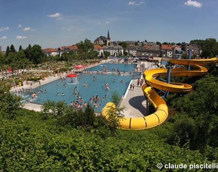 Differdange pool party for Oberkorn piscine