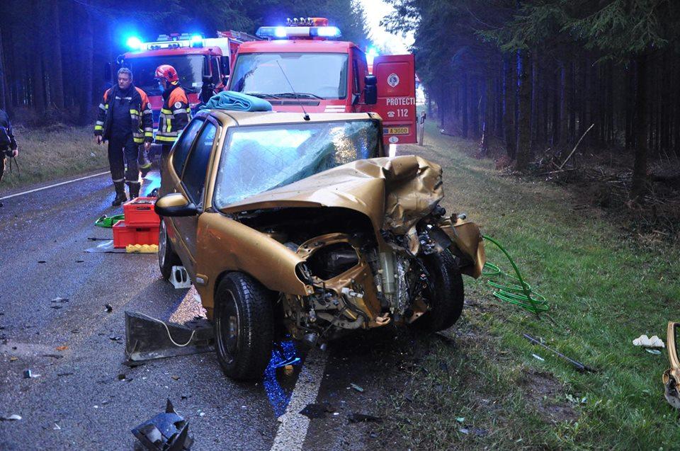 Accident sur la N8 : 2 véhicules impliqués, 1 blessé grave